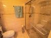 bathroom_02a
