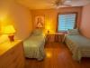 srs102bedroom_02